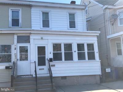 Gloucester City Single Family Home For Sale: 439 Bergen Street
