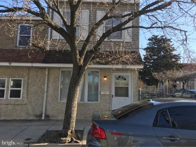 Gloucester City Single Family Home For Sale: 815 Cumberland Street