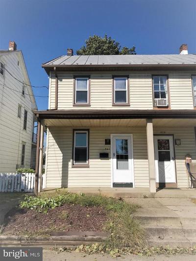 Lemoyne Single Family Home For Sale: 541 Herman Avenue
