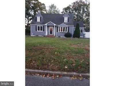 Single Family Home For Sale: 215 Leon Avenue