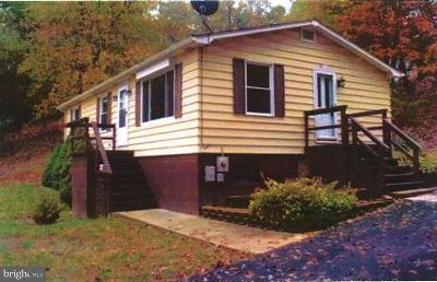 Cumberland Single Family Home For Sale: 13001 Cresap Street N