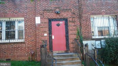 Trinidad Multi Family Home For Sale: 1235 Holbrook Terrace NE