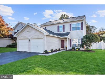 Burlington Township Single Family Home For Sale: 26 Cherokee Trail