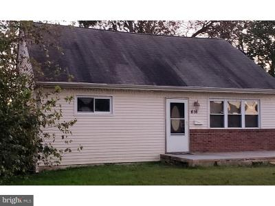 Mount Holly Single Family Home For Sale: 616 Holly Lane