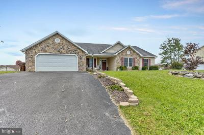 Shippensburg Single Family Home For Sale: 117 Quentin Circle
