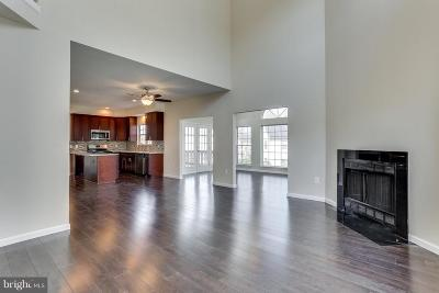 Bowie Single Family Home Active Under Contract: 903 Falls Lake