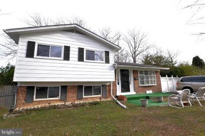 Lanham Single Family Home For Sale: 6331 Hardwood Drive