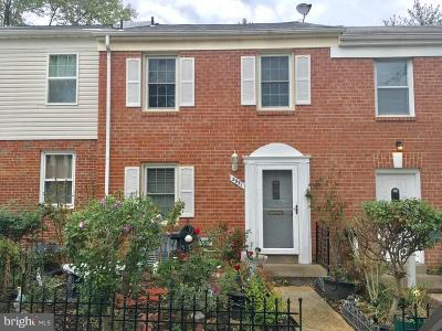Woodbridge Townhouse For Sale: 2951 Wetherburn Court