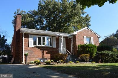 Temple Heights, Temple Hills, Temple Hills Park, Temple Terrace Single Family Home For Sale: 3708 Crystal Lane