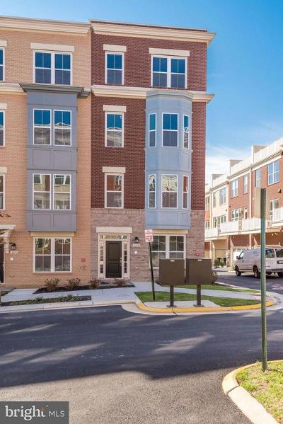 Reston Townhouse For Sale: 11695 Sunrise Square Place #08