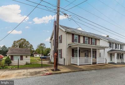 Sharpsburg Single Family Home For Sale: 116 E Chapline Street