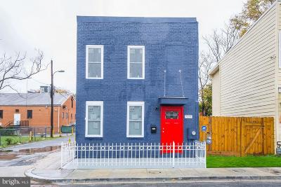 Washington Single Family Home For Sale: 718 19th Street NE