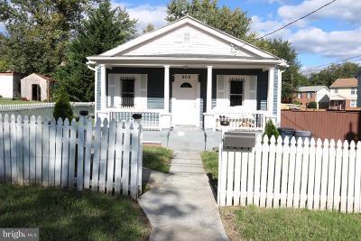 Fairmount Heights Single Family Home For Sale: 805 Eastern Avenue