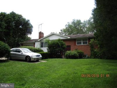 Temple Hills Single Family Home For Sale: 5713 Temple Hill Road