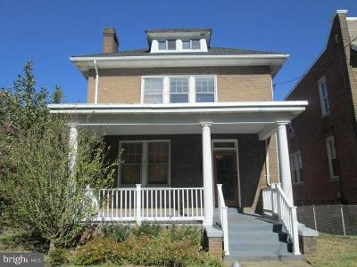 Washington Single Family Home For Sale: 2900 P Street SE