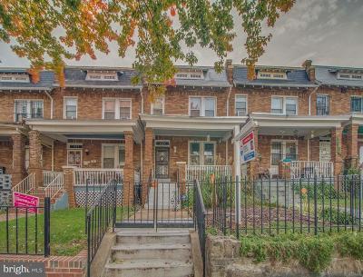 Washington Townhouse For Sale: 1325 Queen Street NE