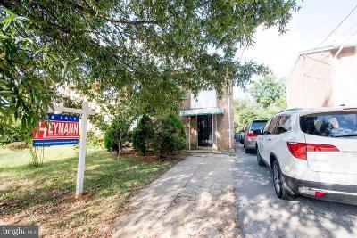 Washington Townhouse For Sale: 4609 S Dakota Avenue NE