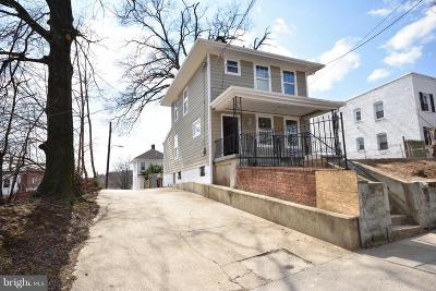 Single Family Home For Sale: 4257 Dix Street NE