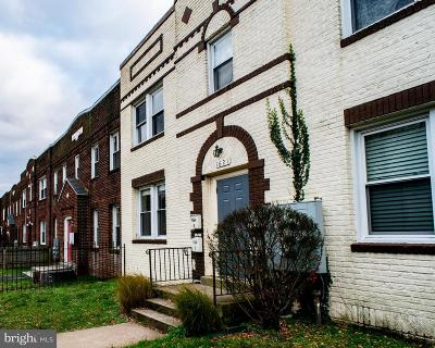 Capitol Hill Condo For Sale: 1621 E Street NE #3