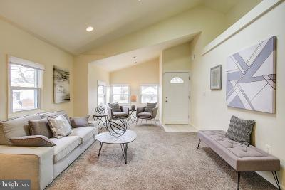 Washington Single Family Home For Sale: 5213 Call Place SE
