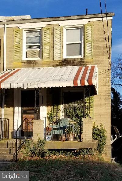 Washington Single Family Home Under Contract: 555 47th Street NE