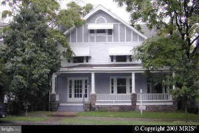 Washington Rental For Rent: 2713 Wisconsin Avenue NW