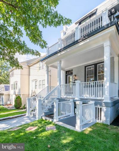 Washington Single Family Home For Sale: 211 Webster Street NW