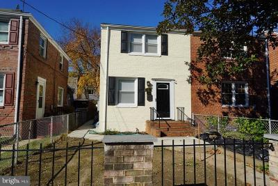 Washington County, Montgomery County, Fairfax County Rental For Rent: 622 Southern Avenue SE