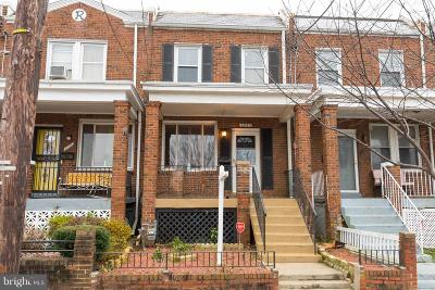 Washington Townhouse For Sale: 1607 Fairlawn Avenue SE