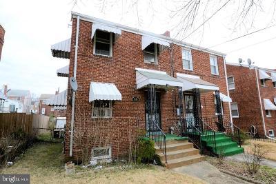 Washington DC Single Family Home For Sale: $499,900