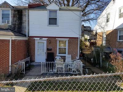 Single Family Home Under Contract: 840 52nd Street NE