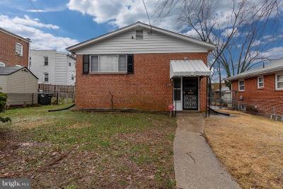Washington Single Family Home For Sale: 4609 Blaine Street NE