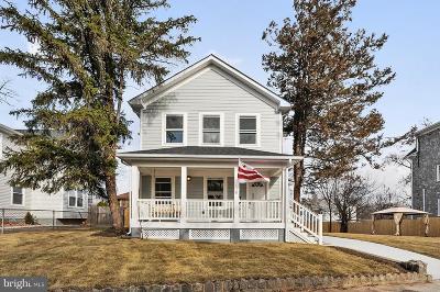 Woodridge Single Family Home For Sale: 2804 Brentwood Road NE