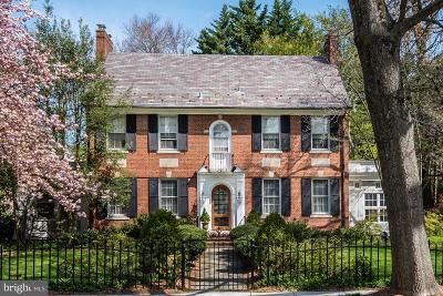Washington Single Family Home For Sale: 4503 Hawthorne Street NW