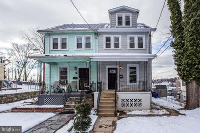 Washington Single Family Home For Sale: 2410 30th Street NE