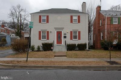 Washington DC Single Family Home For Sale: $678,599