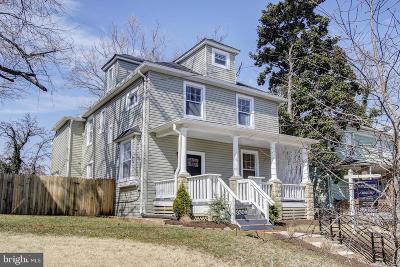 Woodridge Single Family Home For Sale: 3308 22nd Street NE