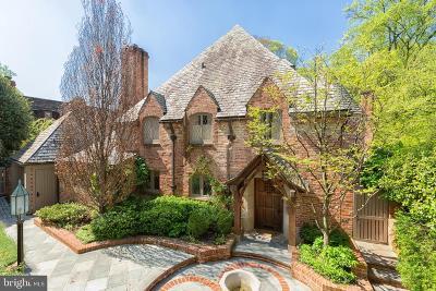 Washington Single Family Home For Sale: 2740 32nd Street NW