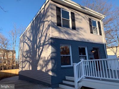 Washington Single Family Home For Sale: 5024 Bass Place SE