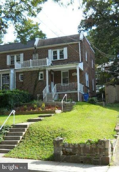 Rental For Rent: 3415 Carpenter Street SE