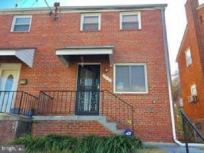 Townhouse For Sale: 4225 H Street SE