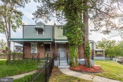 Deanwood Single Family Home For Sale: 5215 Just Street NE