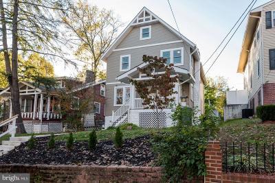 Woodridge Single Family Home For Sale: 2614 22nd Street NE