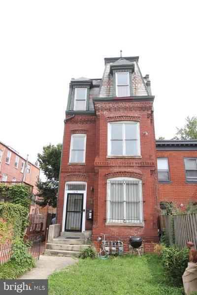 Washington DC Single Family Home For Sale: $1,300,000