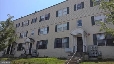 Washington Multi Family Home For Auction: 1271 Meigs Place NE
