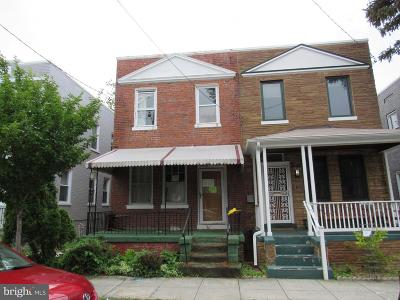 Single Family Home Under Contract: 526 Roxboro Place NW