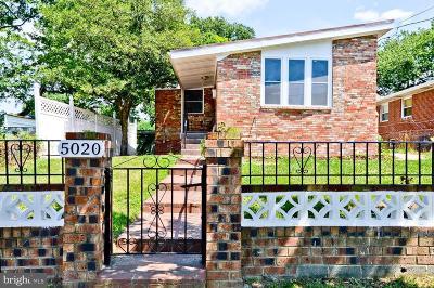Washington County Single Family Home For Sale: 5020 Lee Street NE