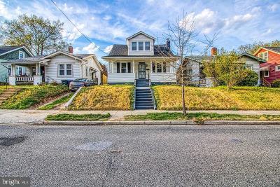 Washington Single Family Home For Sale: 2608 Monroe Street NE