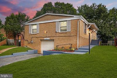 Washington Single Family Home For Sale: 922 Hilltop Terrace SE