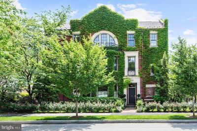 Washington Single Family Home For Sale: 3700 Cathedral Avenue NW